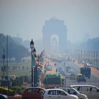 India Gate. How can I describe this city, it's like such a different universe from the rest of the world, a combination or chaos and order...